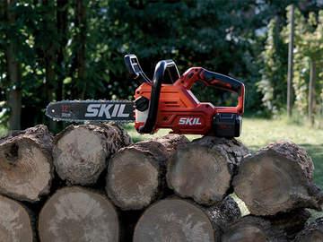 Des espaces verts bien entretenus avec les outils de jardin 20 V Brushless SKIL